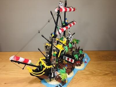 lego 21322 Piraten der Barracuda-Bucht vorne